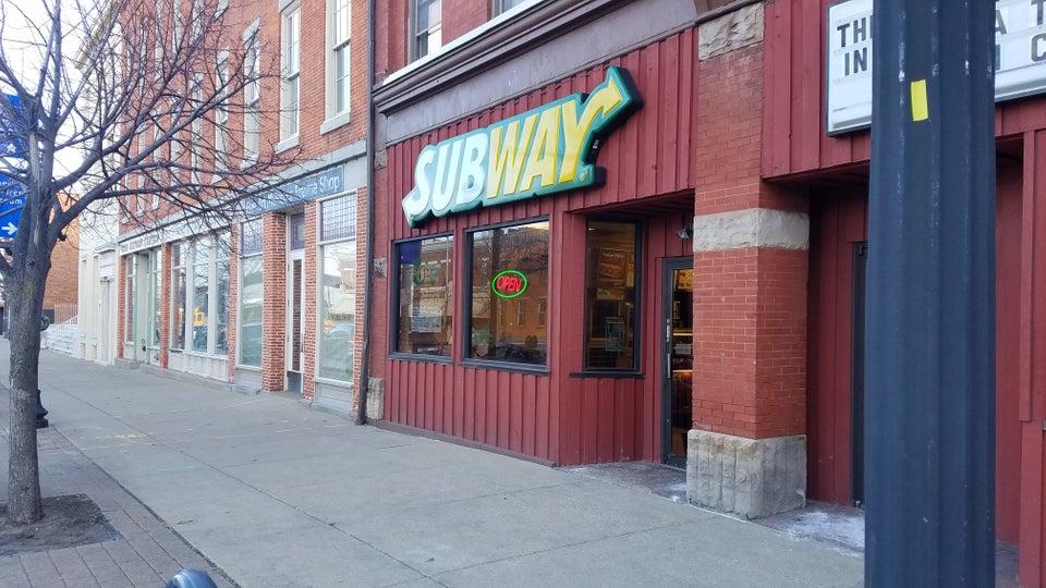 Subway Erie