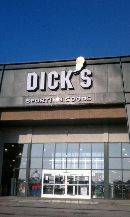 DICK'S Sporting Goods 2088 Interchange Rd, Erie