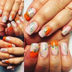 D-Nails