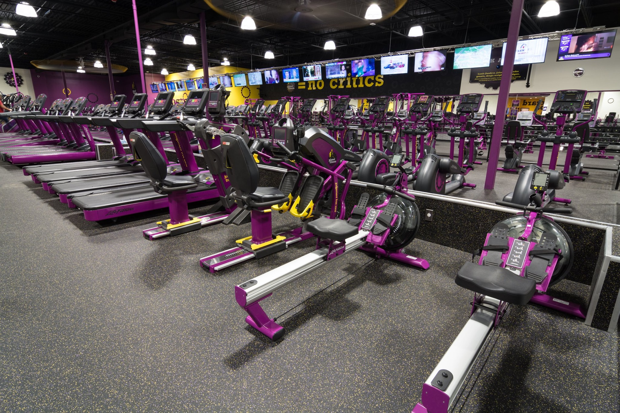 Planet Fitness 387 W Fountain St, Providence