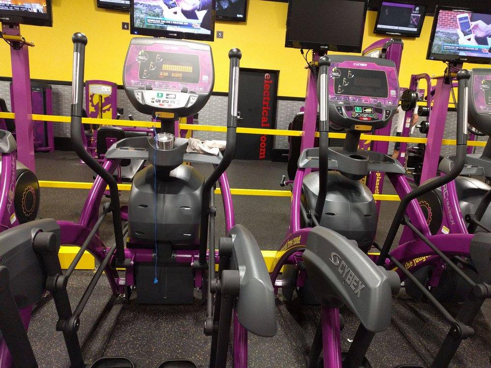 Planet Fitness 2070 Sam Rittenberg Blvd, Charleston