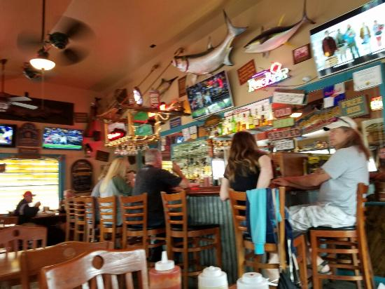 Beach House Bar & Grill