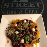 42nd Street Bar and Grill