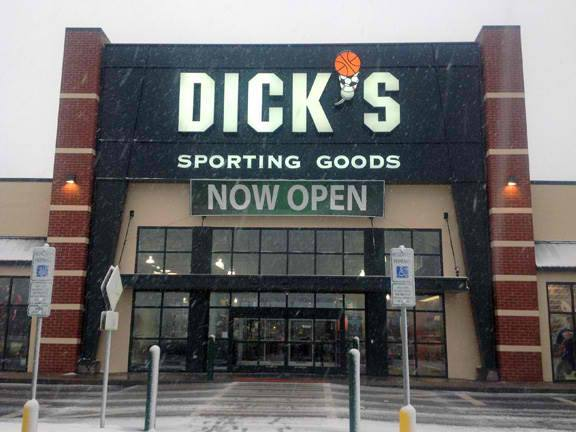DICK'S Sporting Goods 1080 W Empire Pl, Sioux Falls