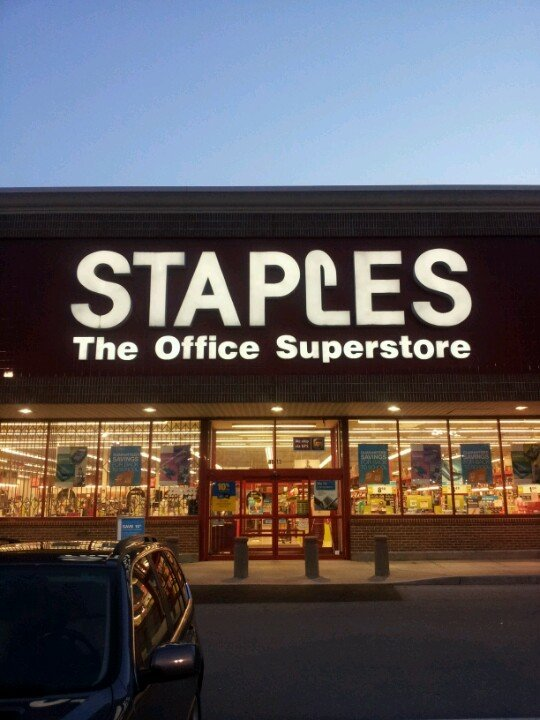 Staples 8913 Town and Country Cir, Knoxville
