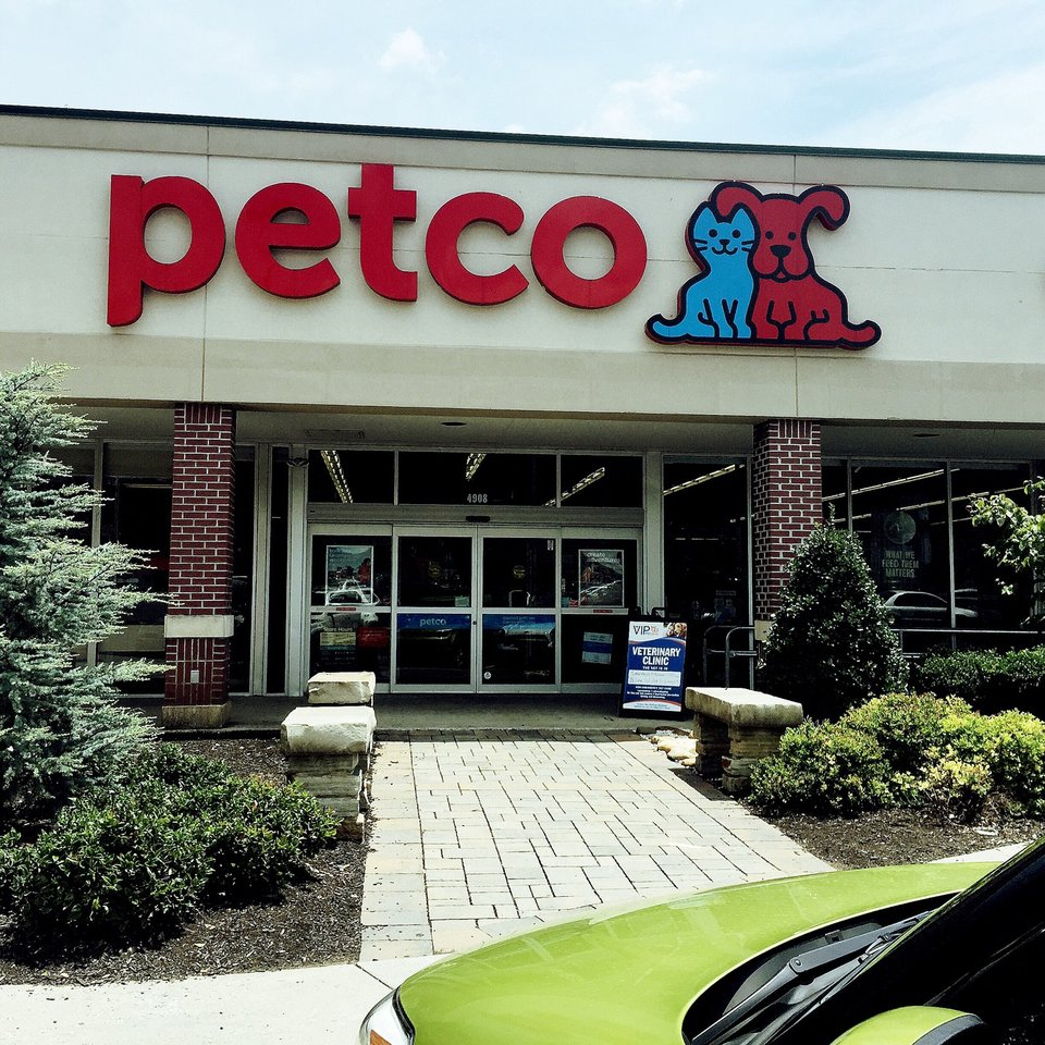 Petco 4908 Kingston Pike, Knoxville