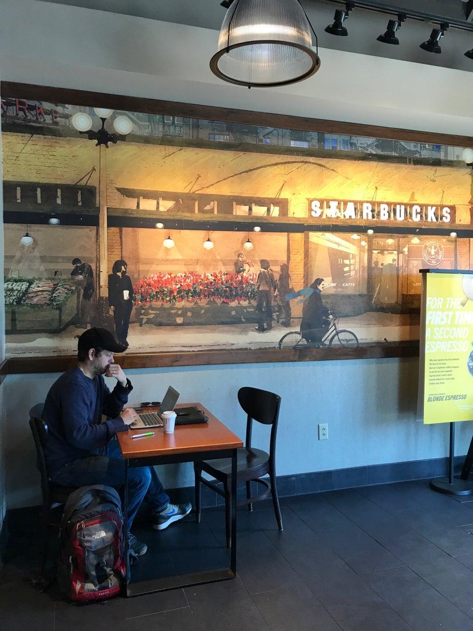 Starbucks Murfreesboro