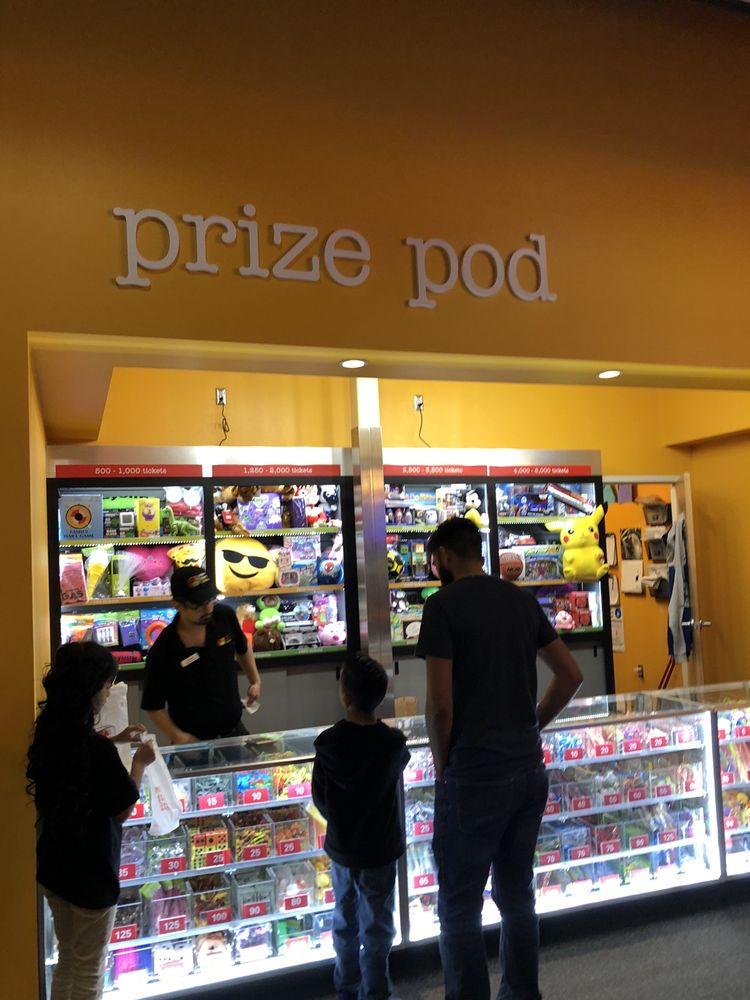 Peter Piper Pizza 10771 Gateway S Blvd, El Paso