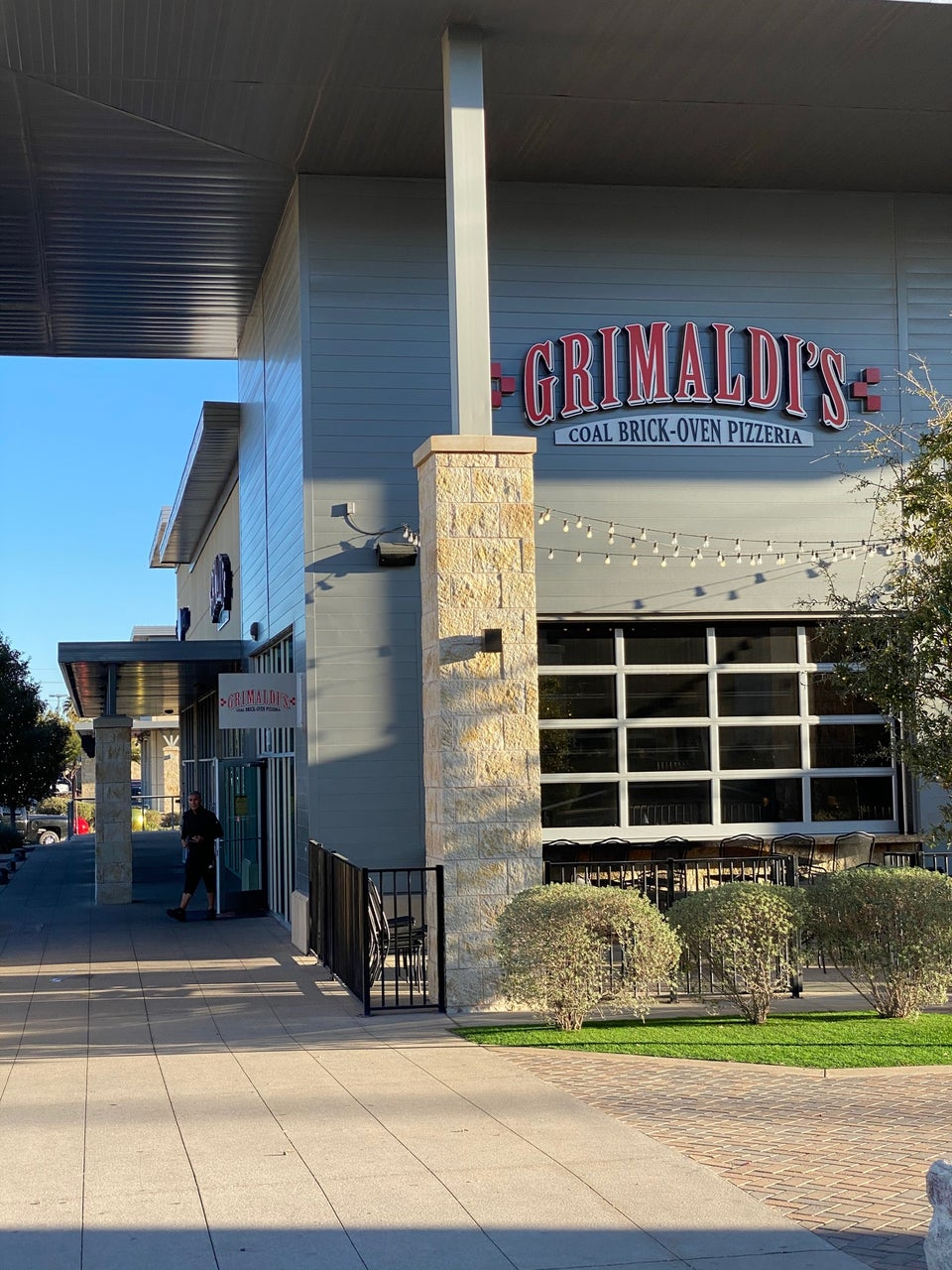 Grimaldi's Pizzeria 8889 Gateway Blvd W Ste 1200, El Paso