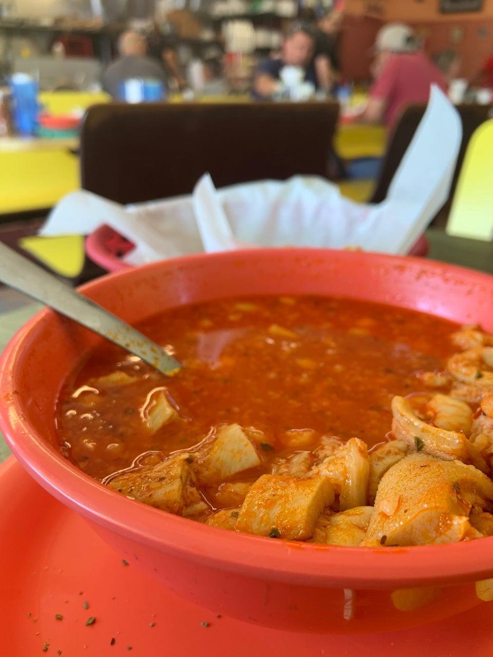 Lucky Cafe 3831 Alameda Ave, El Paso