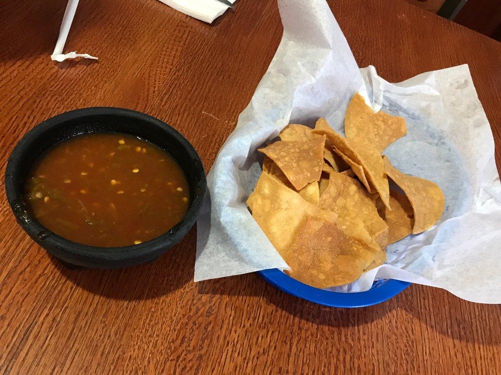 Rafas Burritos 1831 Montana Ave, El Paso