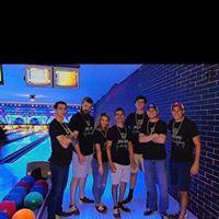 B B's Billiards & Bowling