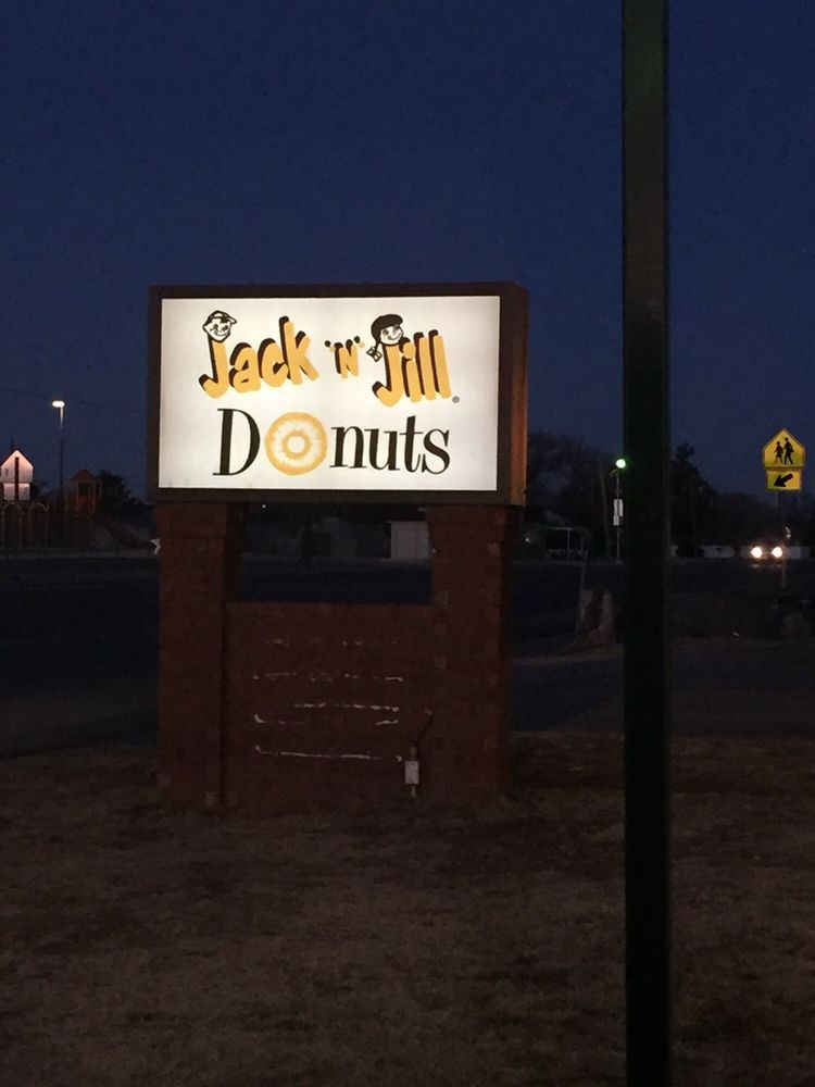 Jack In Jill Donuts 1107 12th St, Shallowater