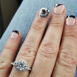 moon nails and spa