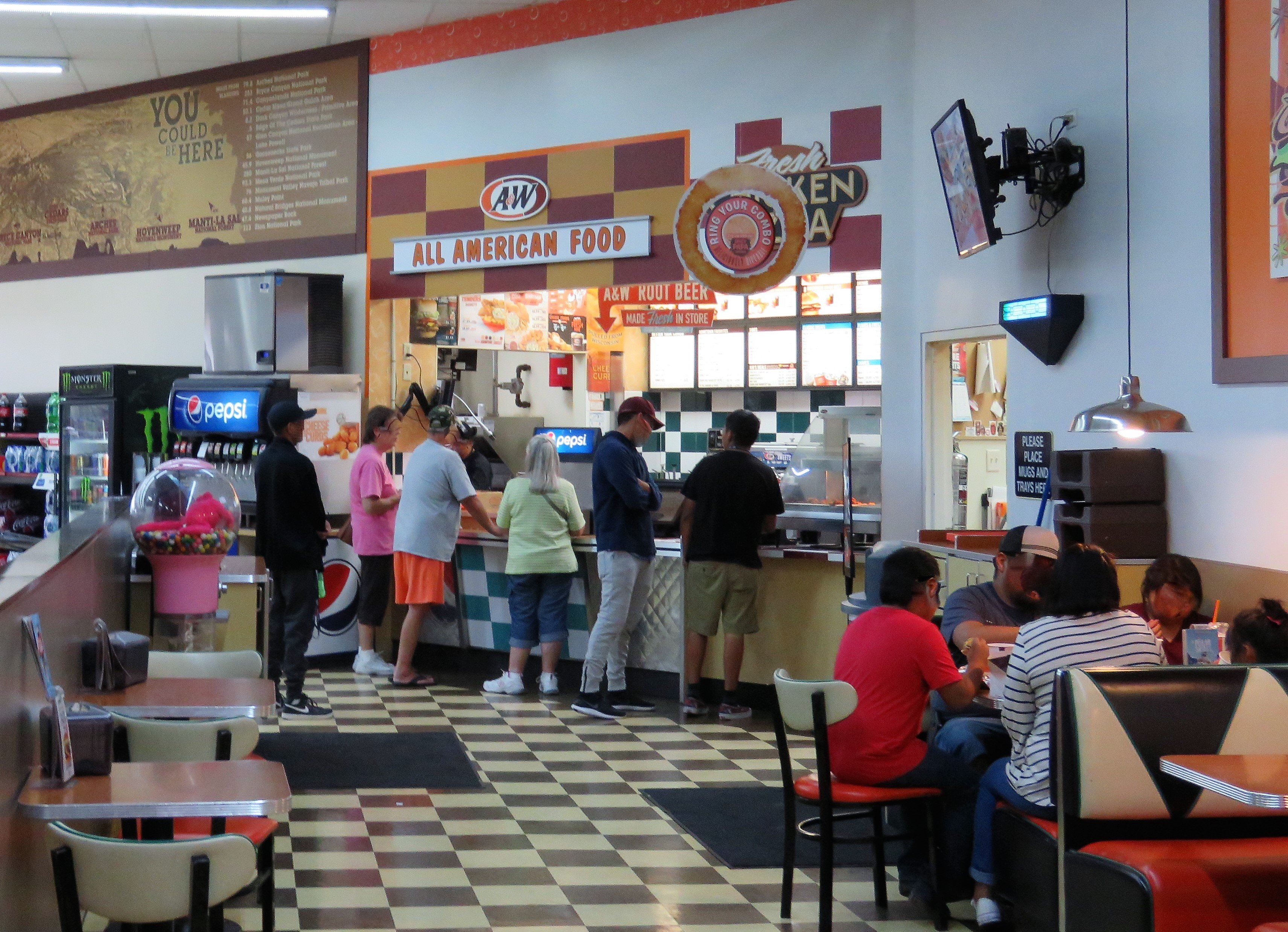 A&W Restaurant 12 W Center St, Blanding