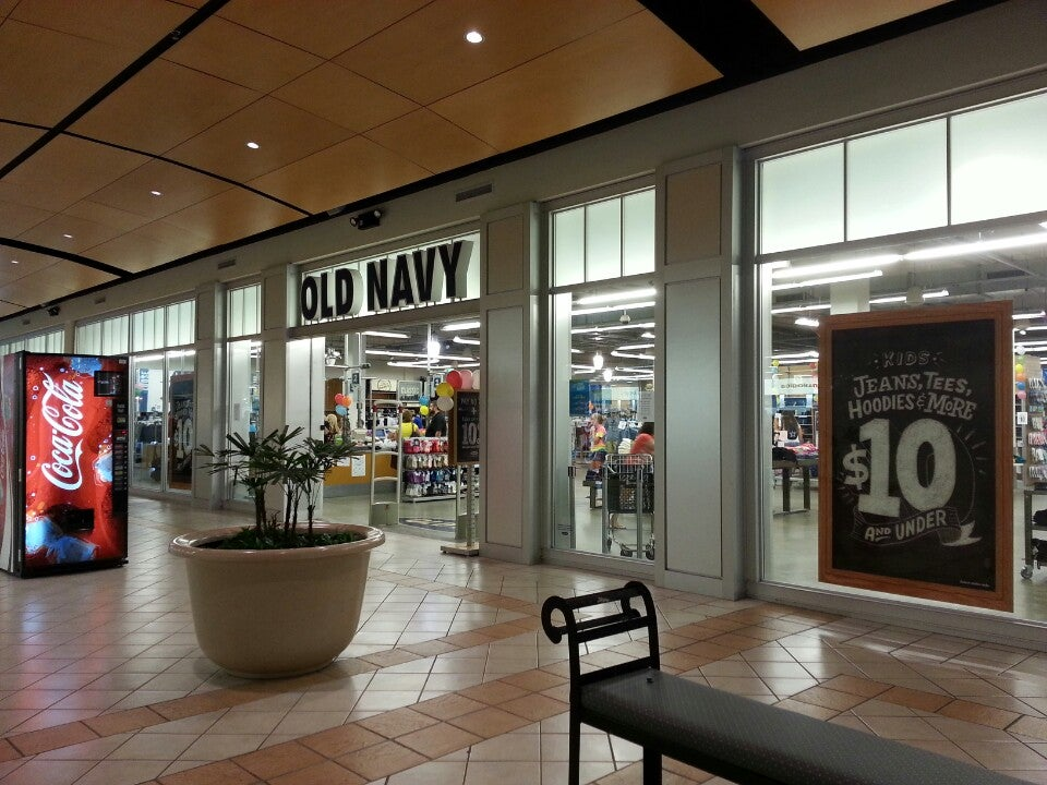 Old Navy 4802 Valley View Blvd NW, Roanoke