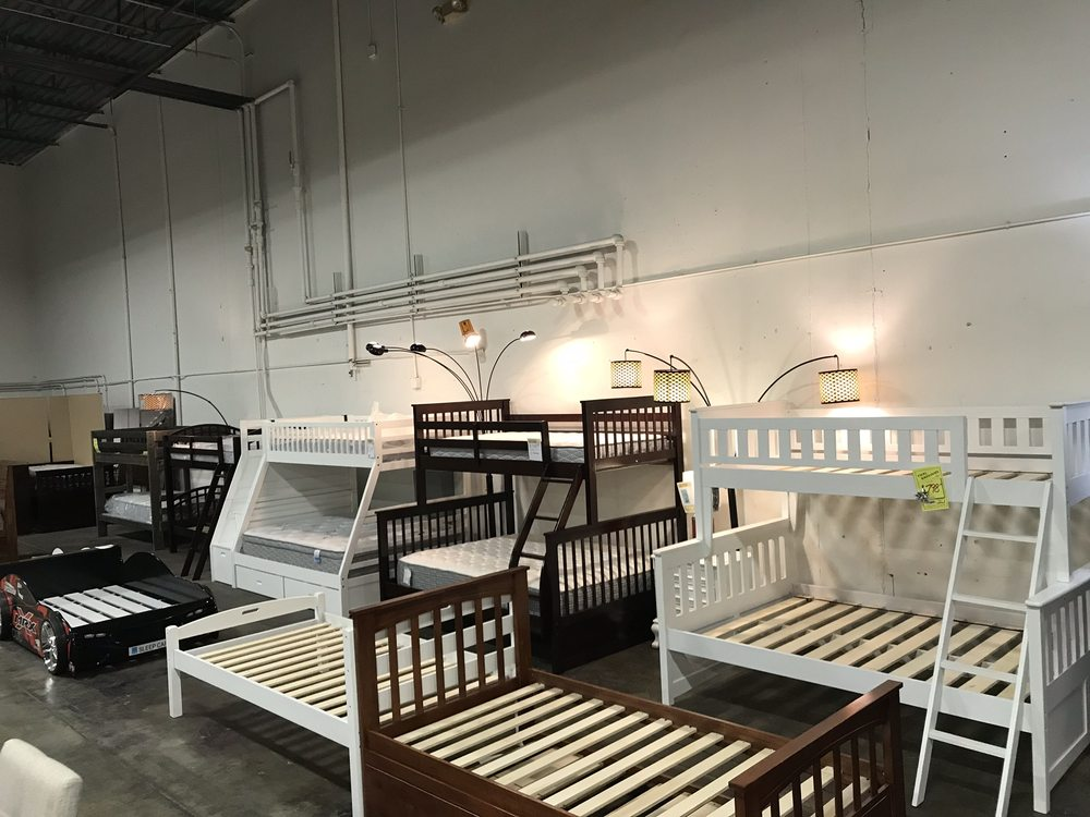 Foothills Family Furniture 4918 20th St E, Fife