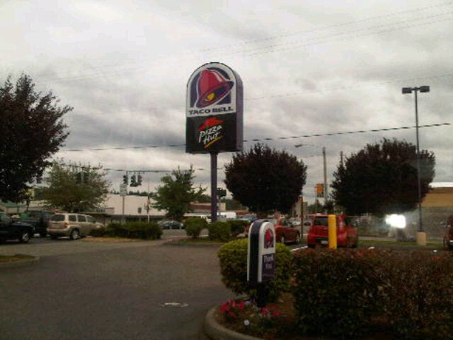 Taco Bell 5152 Pacific Hwy E, Fife