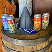 Peaks and Pints Craft Beer Store, Taproom & Eatery