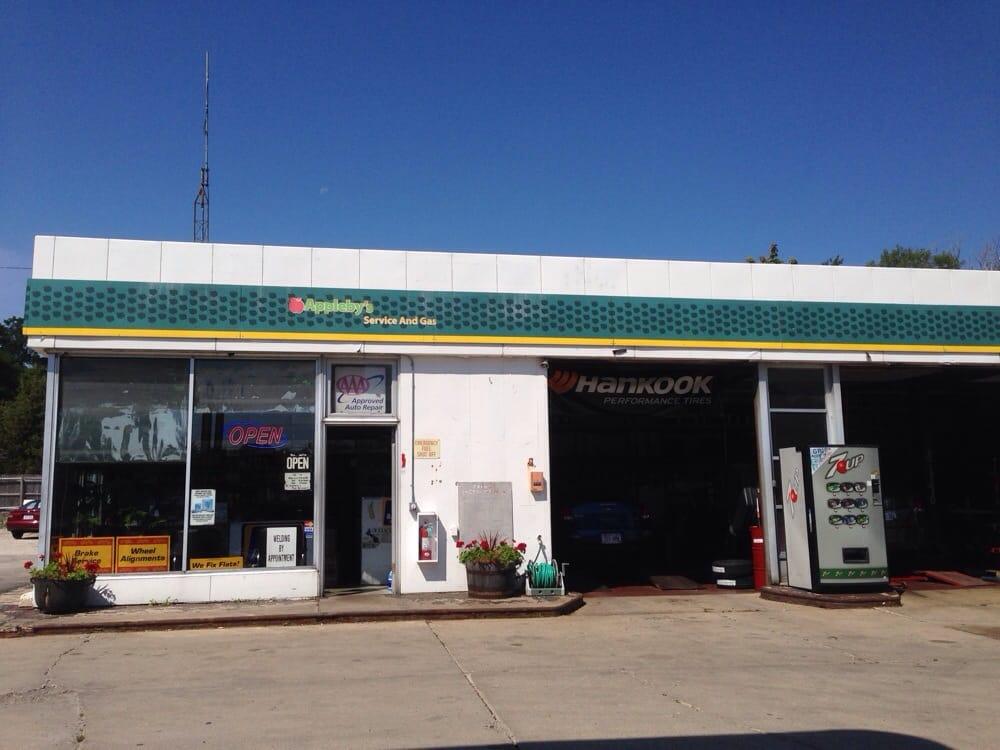 Appleby's Service 7501 N Port Washington Rd, Glendale