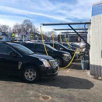 Full Service Car Wash - Wauwatosa