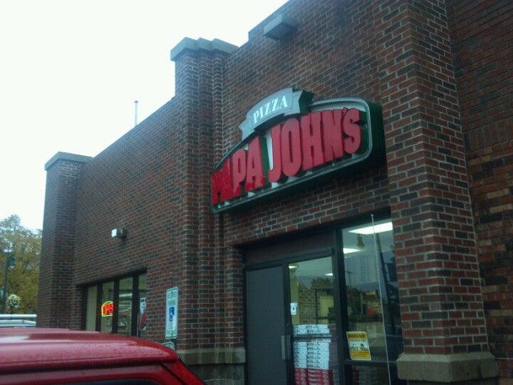 Papa John's 7520 W Greenfield Ave, West Allis