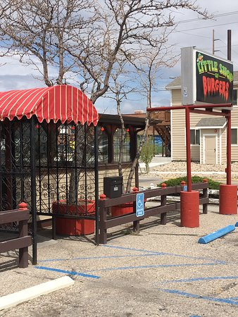 Little Shop of Burgers